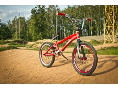 Велосипедний мотокрос на BMX що це таке? Відповідь від інтернет магазину